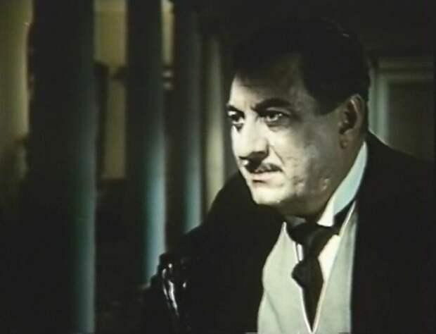Гламурный франкофил из «Гусарской баллады» и прекрасный актер Антоний Ходурский