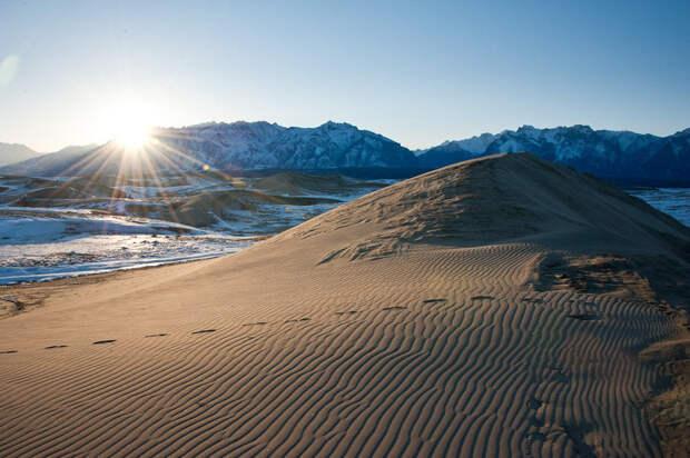 NewPix.ru - Чарские пески - пустыня среди ледников в Забайкалье