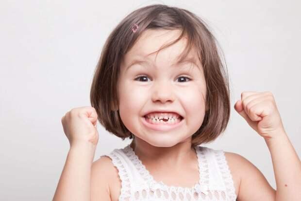 5 продуктов, которые полезны для зубов детей