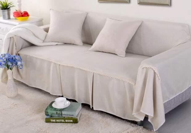 В комнатах можно использовать совершенно любую ткань, даже шелк или вуаль / Фото: ae01.alicdn.com