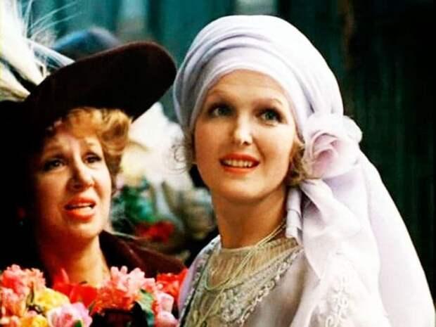 Кадр из фильма *Раба любви*, 1975   Фото: vokrug.tv