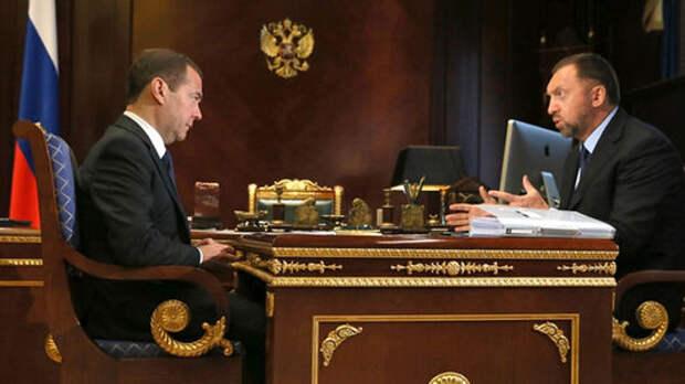 Медведев: Господдержка экспорта автомобилей будет продолжена