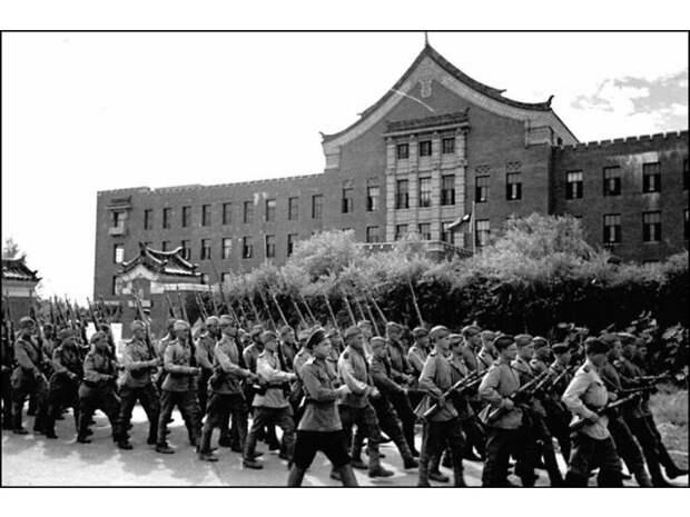 Маньчжурская операция и внутриполитическая жизнь в Китае