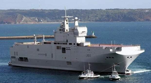 Россия опровергла нелепые слухи о клонировании французских кораблей