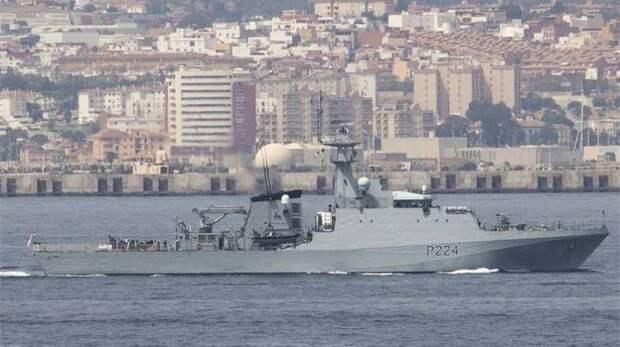 Военный корабль Великобритании вошёл в Чёрное море