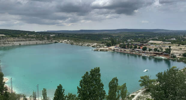 Еще одной туристической локацией в Крыму пожертвуют ради воды