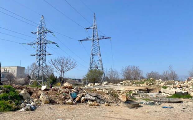 В Севастополе обещали оперативно очистить от мусора пустырь в районе проспекта Победы