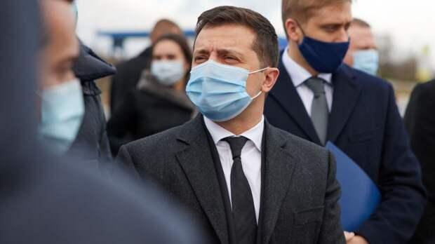 Зеленский сообщил главе Госдепа США о сохраняющейся угрозе на границе с РФ