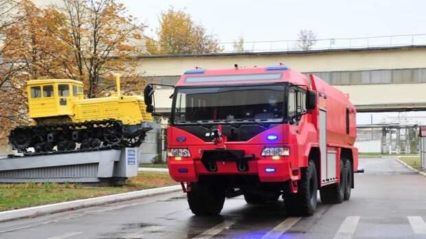 В России создали новый автомобиль для тушения пожаров в аэропортах