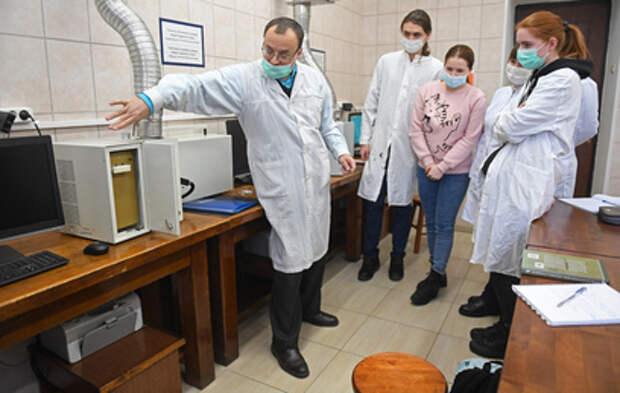 Мишустин: не менее 100 вузов получат гранты от 100 млн рублей
