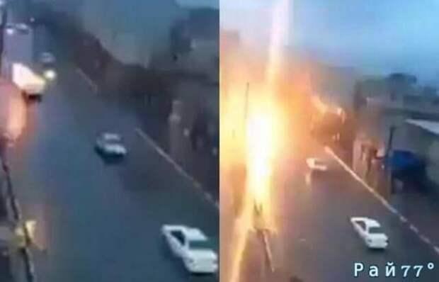 Молния ударила в едущий по трассе автомобиль авто, видео, молния
