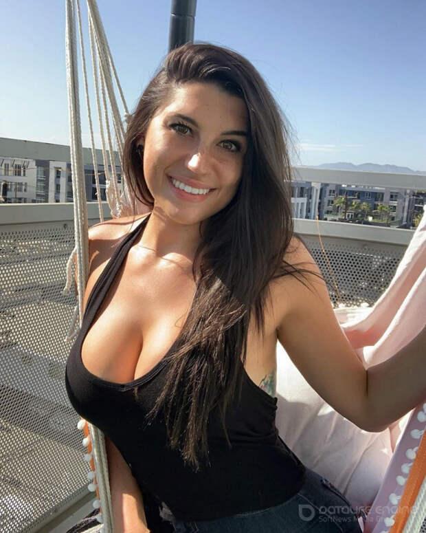 Красотки с очень красивой грудью