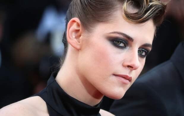Би: 10 знаменитых женщин, которые любят как девушек, так и парней