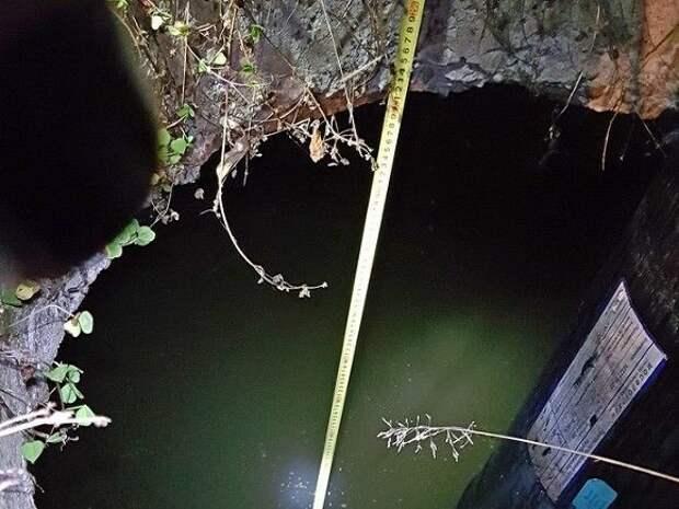 В Подмосковье в сточной канаве нашли тело школьницы с веревкой на талии