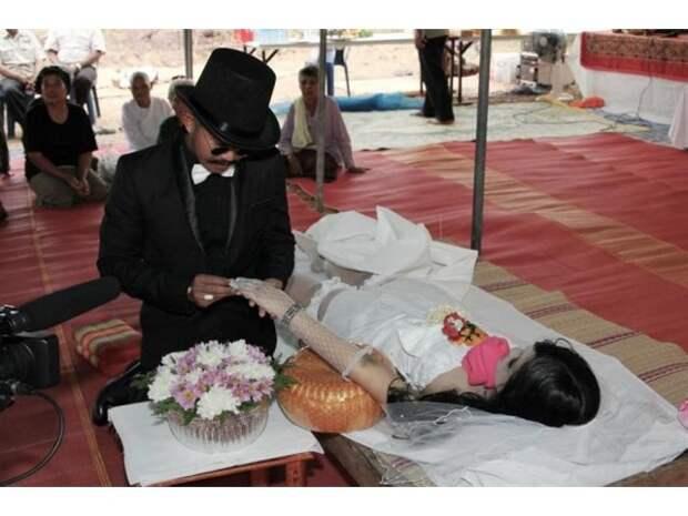 Странные формы брака, которые существуют в разных странах