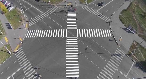 В Москве более 40 диагональных пешеходных переходов обозначат пунктиром