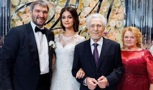Жена Овечкина рассказала о трагедии в семье