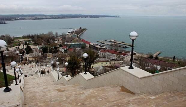 Митридатские лестницы в Керчи откроют 8 мая