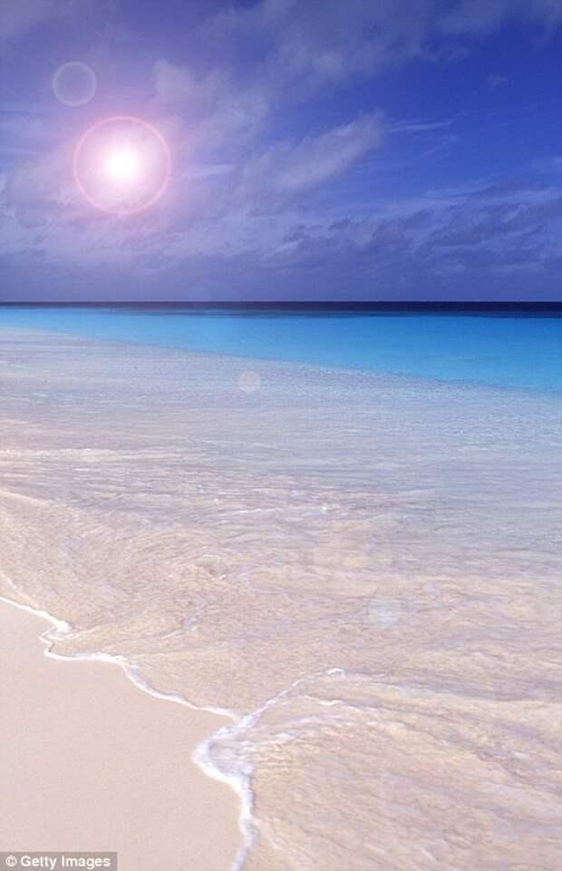Розовый песок