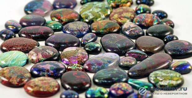 Зачем кладут камень на камень