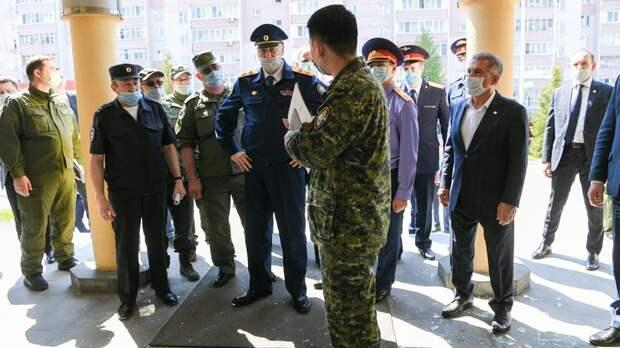 Один и без оружия. Хорошо охраняемых школ в России практически нет