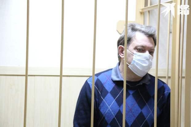 Ивана Кляйна перед судом встречали аплодисментами. Фото: пресс-служба Томского областного суда.