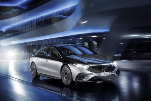 Mercedes официально представил новый электрический суперседан EQS (галерея)