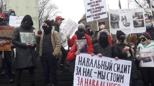 Россияне потеряли интерес к акциям в поддержку Навального