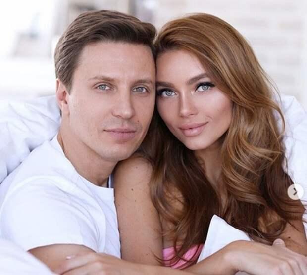 Известный телеведущий женился на 25-летней модели Ульяне Бердышевой