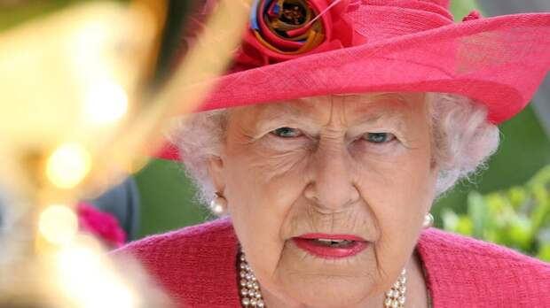Королева Елизавета II готова отказаться от престола только в двух случаях