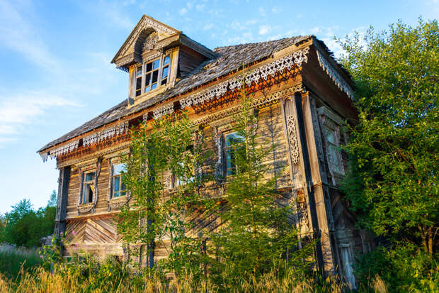 Заброшенный дом: как оформить его на себя