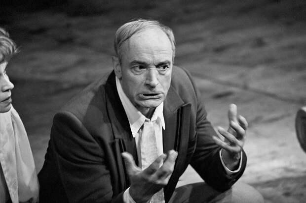 В Москве умер актер театра и кино Валентин Гафт