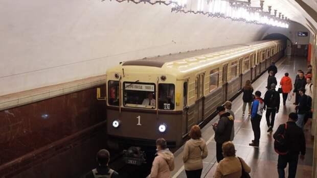 Жителям Москвы рассказали о параде ретропоездов 15 и 16 мая