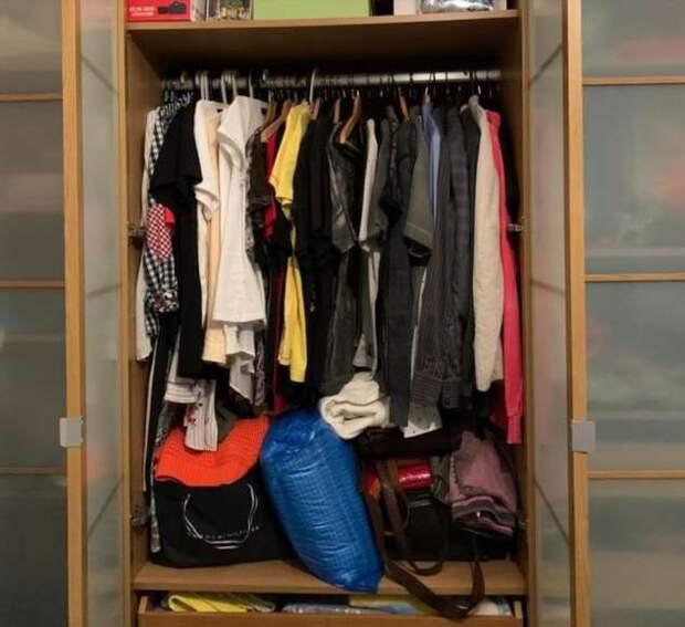 Я перестала покупать новые вещи, и вся моя одежда помещается в чемодан. Расскажу, как это изменило мою жизнь