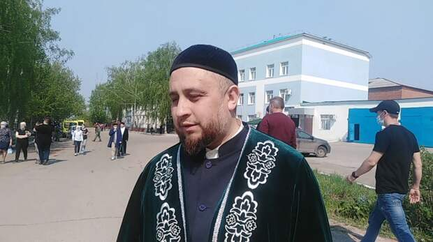 Отец пострадавшего в Казани школьника: «Бог никогда не стрелял бы в людей»