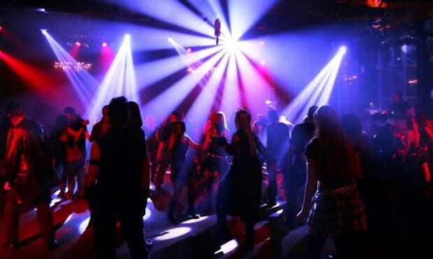 В Екатеринбурге мужчина расстрелял посетителей ночного клуба