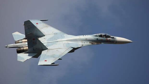 Сатановский оценил жалобы военных США из-за перехвата B-52 российским Су-27