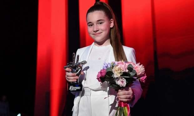 Дочь Алсу впервые высказалась о победе в шоу «Голос»: ее отец-бизнесмен закупил сим-карты «пачками»
