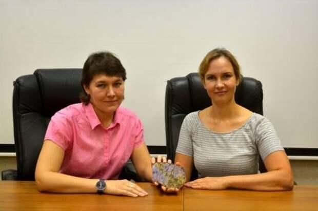 Новый минерал фторкарлтонит открыли в Иркутской области