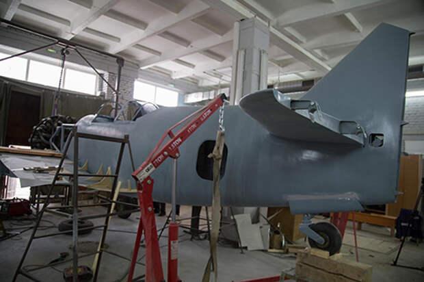 Инженеры НГТУ НЭТИ реконструируют самолет Ла-5