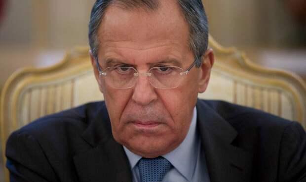 Каким странам Путин простил миллиардные долги? Показываю на примере.