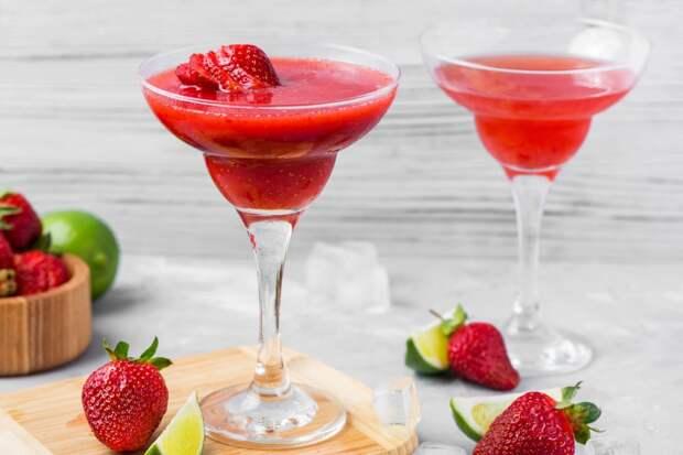 6 популярных коктейлей, которые бармены задолбались делать