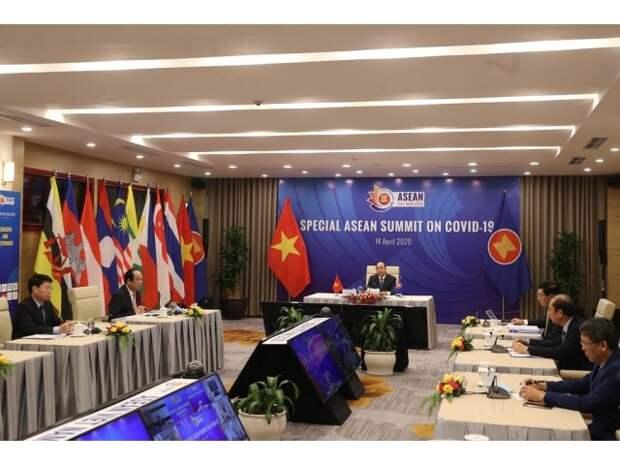 США хотят с помощью Токио заполучить в союзники АСЕАН