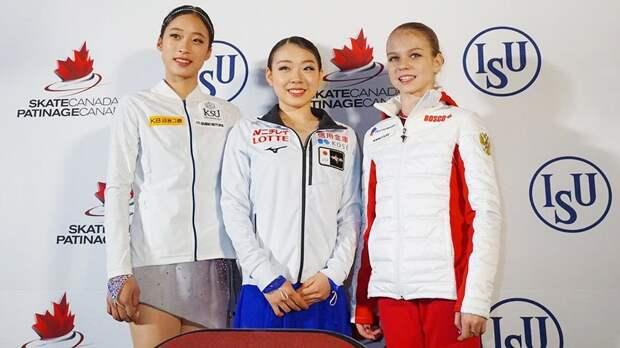 Трусова руководила фотосессией наподиуме, японцы чуть неснесли Ханю. Веселые моменты Skate Canada