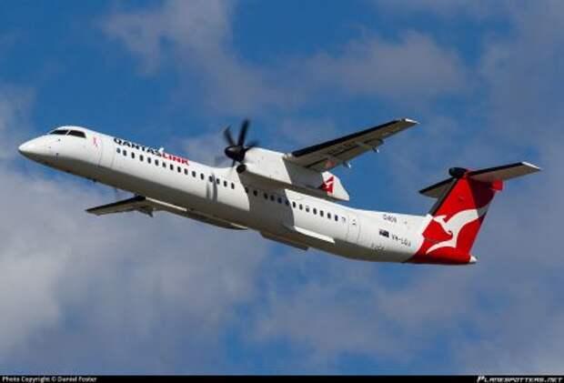 Bombardier Q400 авиакомпании Sunstate Airlines, используемый под брендом QantasLink