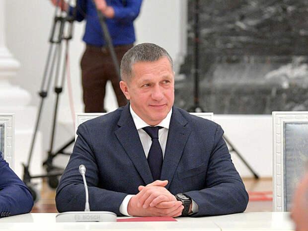 «Надо просто попросить его написать заявление»: полпред Путина посоветовал мэру Владивостока уволиться