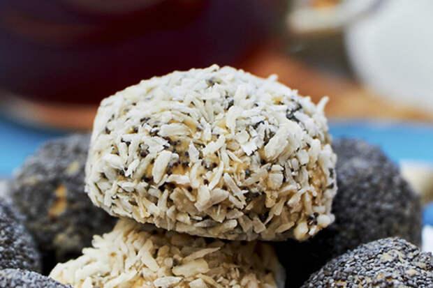 Фото к рецепту: Яблочно-маковые конфеты