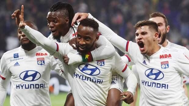 «Лион» вырвал победу у «Анже» и поднялся на 2-е место в чемпионате Франции