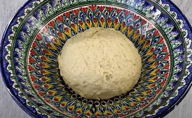 Печем курники идеально круглой формы: используем как форму тарелку