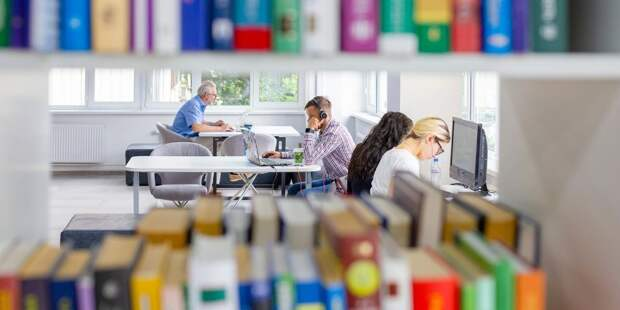 В библиотеке на улице Врубеля завершаются отделочные работы